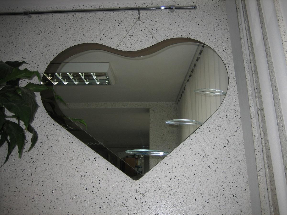 зеркало интерьерное сердце
